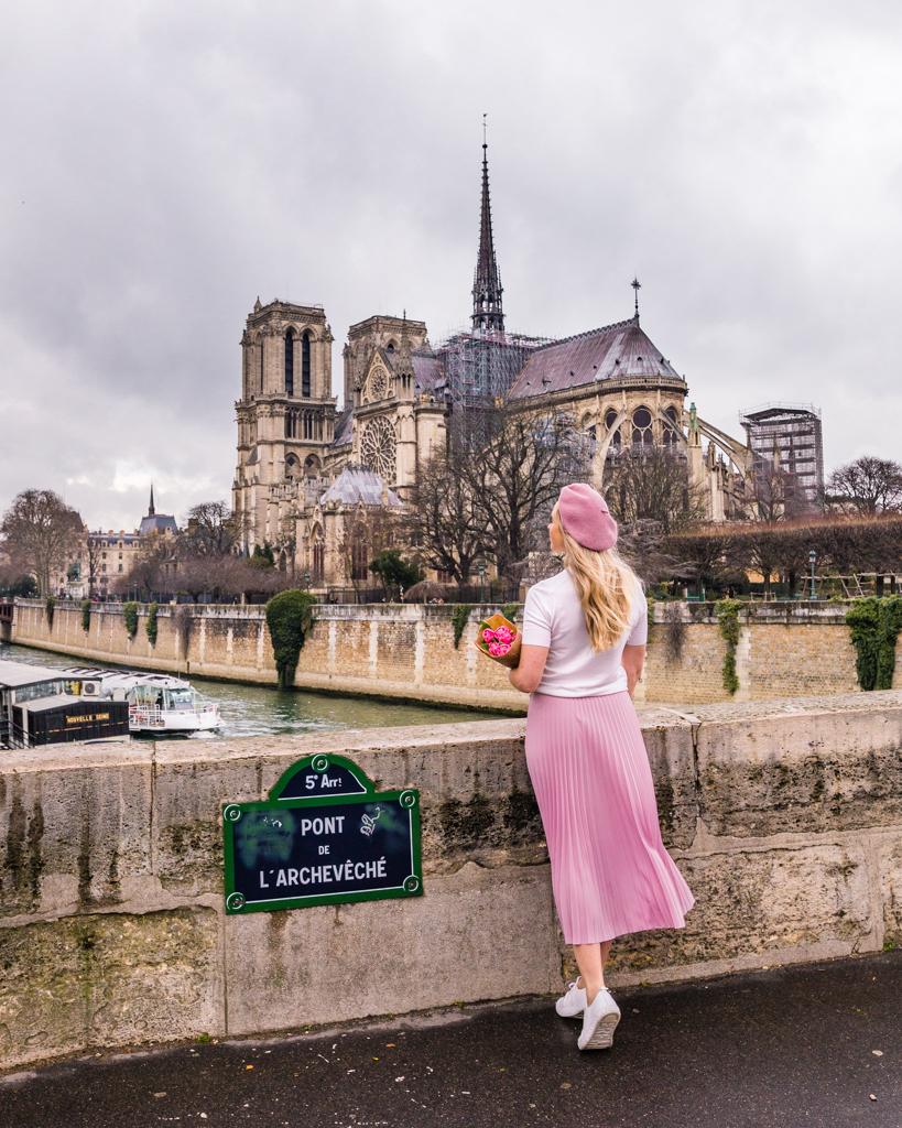 Pont de l'Archevêché at the back of Notre Dame Cathedral in Paris