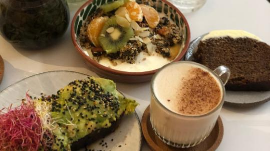 Cafe Berry Paris Brunch