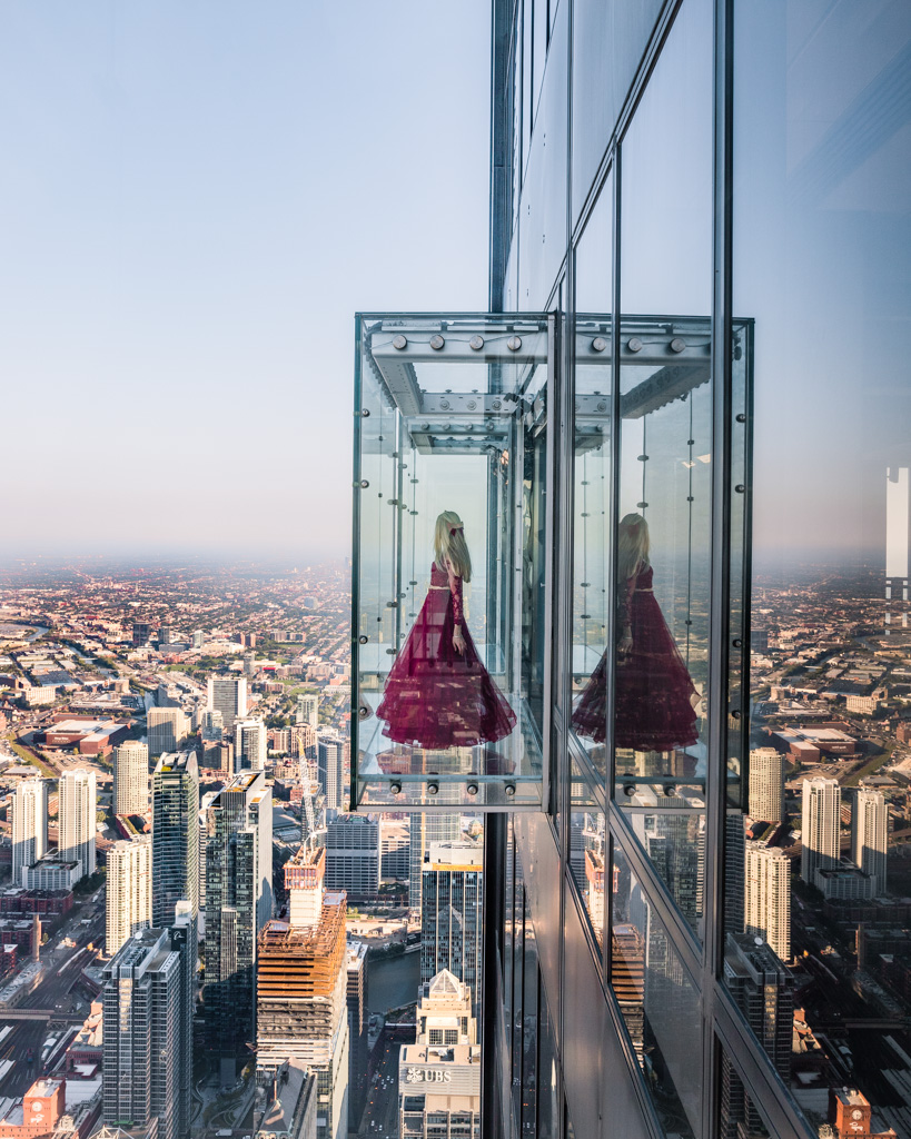 Skydeck glass balcony in Chicago