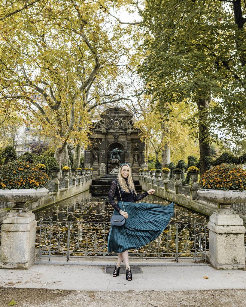 Paris in autumn - Fontaine de Médicis in Jardin du Luxembourg