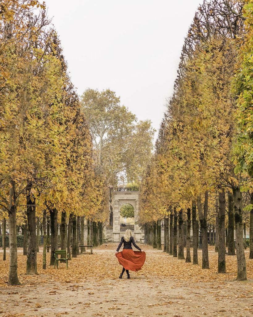 Paris in autumn - Tuilerie garden