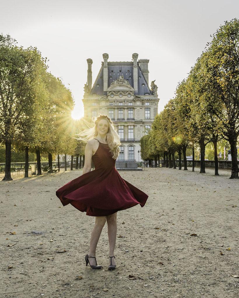 Paris in autumn - Tuilerie garden with sunrise
