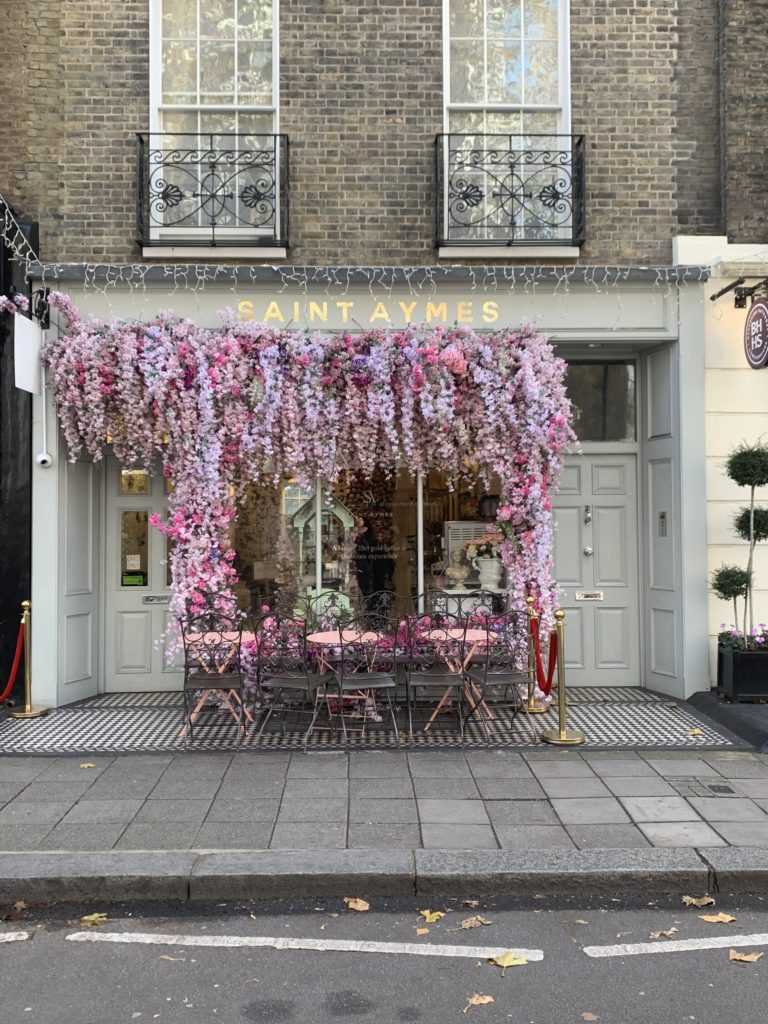 Facade St Aymes London