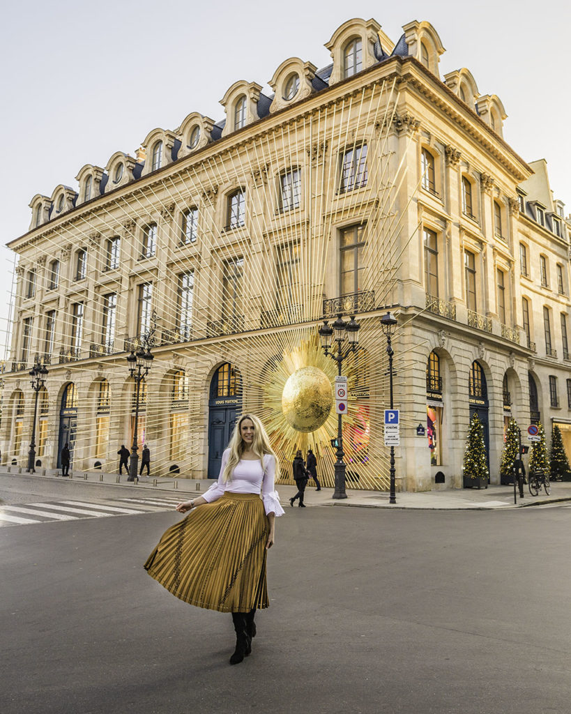 Louis Vuitton Christmas Gold Sun Place Vendôme Paris 2019