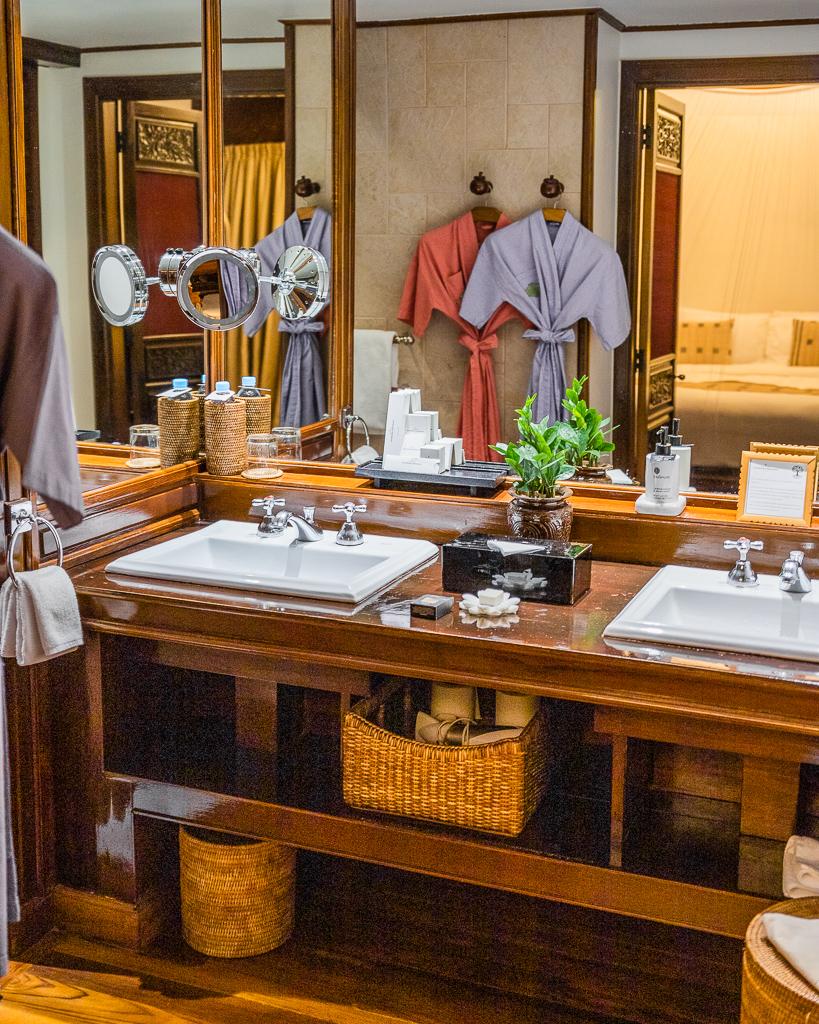 Belmond Governor's Residence, Bathroom - Yangon, Myanmar