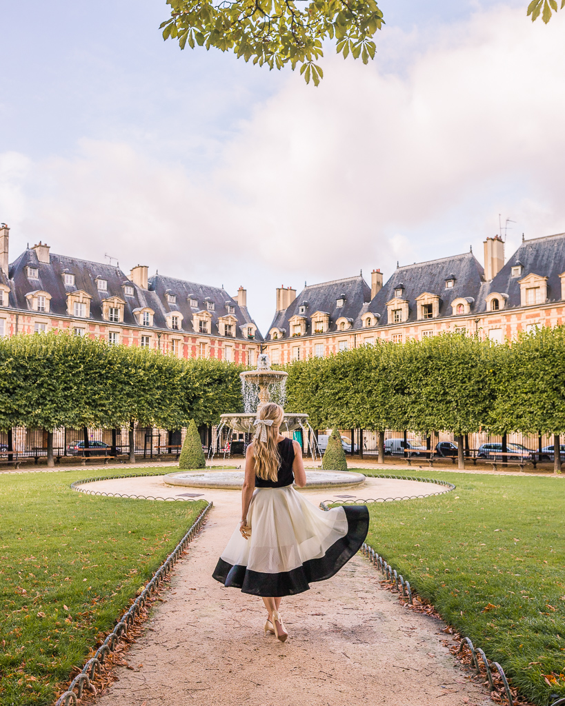 Place des Vosges in Le Marais - Paris