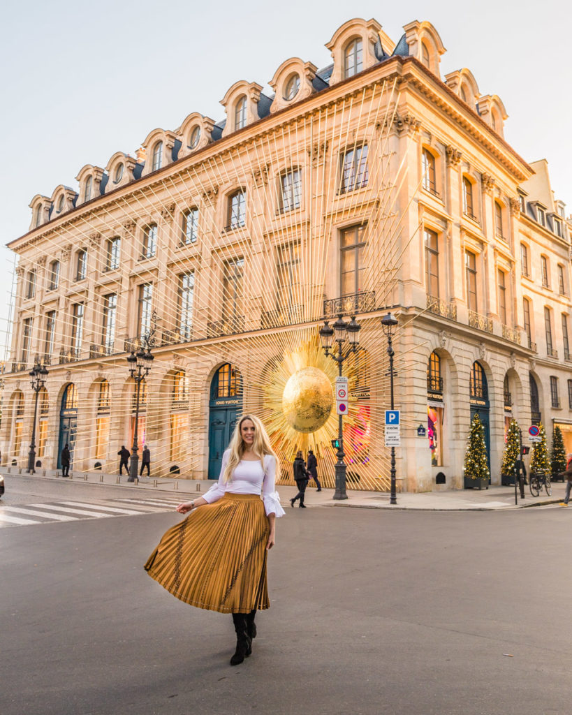 Louis Vuitton facade - Christmas in Paris (Place Vendôme)