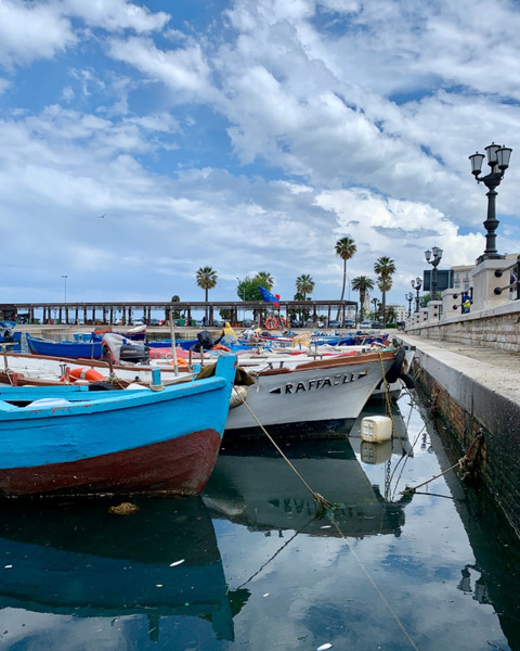 Bari - Photo by Kyrylo Balakleiets on Unsplash
